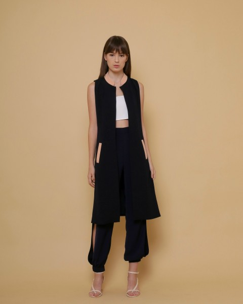 Provision Slit Coat in Blueblack